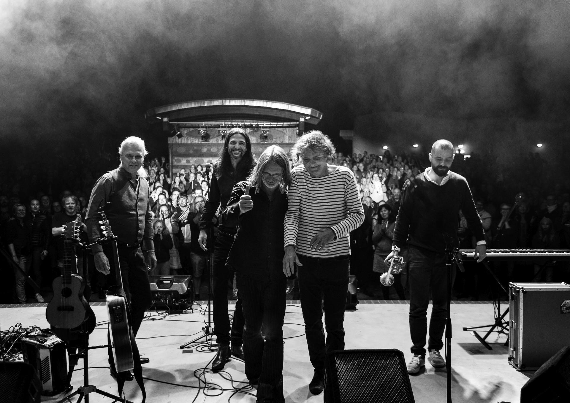 Wenzel und Band_live©Sandra Buschow/sanstories.com